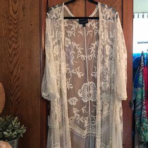 Lace kimono/duster